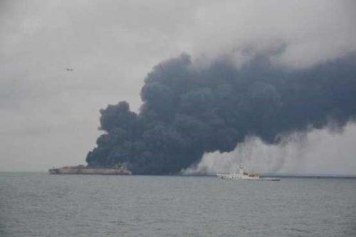 اولین تصویر از آتش سوزی نفتکش ایرانی در چین