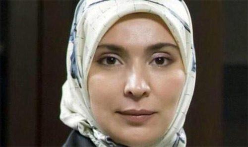 زن محجبه رقیب انتخاباتی پوتین