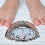 ۷ زمان نامناسب برای اندازهگیری وزن بدن!