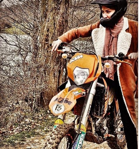 موتورسواری سمیرا حسینی