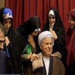 مراسم رونمایی از تندیس آیت الله هاشمی با حضور خانواده اش