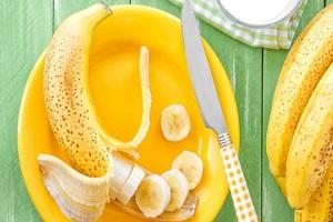 بعد از خوردن میوه موز حتما نمک بخورید