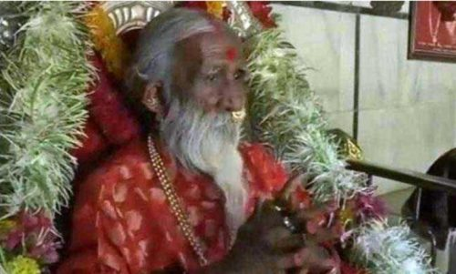 راهب یوگایی در هندوستان