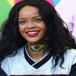عکس های دیدنی ریحانا در حال تشویق برزیل در ورزشگاه!