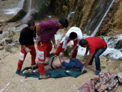 سقوط جوان از آبشار کبودوال