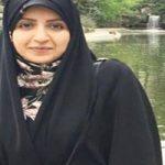فضه سادات حسینی مجری محجبه تلویزیون در مراسم افطاری رهبری!