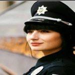 پلیس زن لبنان با لباسی نامتعارف برای جذب گردشگر!!