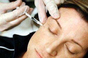هشدار به مردم درباره خطرات انجام بوتاکس در آرایشگاه ها!