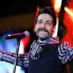 آقای حمید هیراد لطفا اعلام کن اجرا زنده نبود و پلیبک بود!!