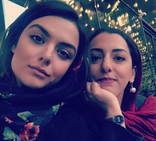 دنیا مدنی و خواهرش