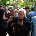 تصاویری از زشت ترین حاشیه های مراسم تشییع مرحوم انتظامی!!