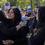 حواشی مراسم تشییع مرحوم عزت الله انتظامی با حضور چهرهها!