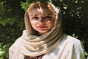 عکس های جدید مونا غمخوار بازیگر کودکی مان را ببینید!