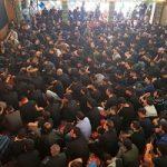 امیر حاتمی وزیر دفاع با پوشش متفاوت در مراسم عزاداری