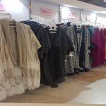لباسهای ممنوعه و مانتوهای جلوباز در نمایشگاه زنان و تولید ملی!!