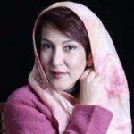 پانته آ بهرام بازیگر پرحاشیه این روزها در چهلمین روز درگذشت مادرش!