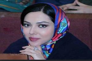 عکسی از بوسه لیلا اوتادی برصورت آن ماری سلامه بازیگر لبنانی!
