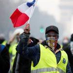 بازیگران زن معروف فرانسوی در میان معترضان پاریس!