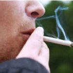 تبلیغ عجیب و زشت یک فروشگاه برای افراد سیگاری در ایران!!
