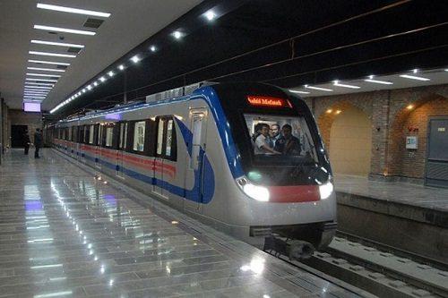 حمل تابوت جنازه با مترو مسافران را به وحشت انداخت!