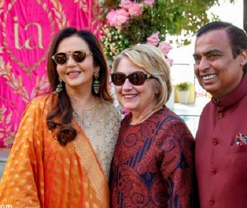 جنجال رقص هیلاری کلینتون و جان کری با شاهرخ خان!