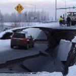 تصاویری از خسارت زلزله مهیب و بزرگ در آلاسکا آمریکا!