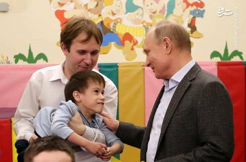 بازدید پوتین از بیمارستان و بخش مراقبت های بهداشتی کودکان