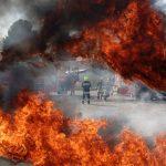 زنان آتشنشان در مانور طرح اضطراری در فرودگاه مشهد