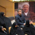 تصاویری از حاشیه های مراسم دومین سالگرد آیت الله هاشمی رفسنجانی