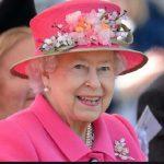 ملکه انگلیس و دخترش شاهدخت آن در شکار پرندگان + تصاویر