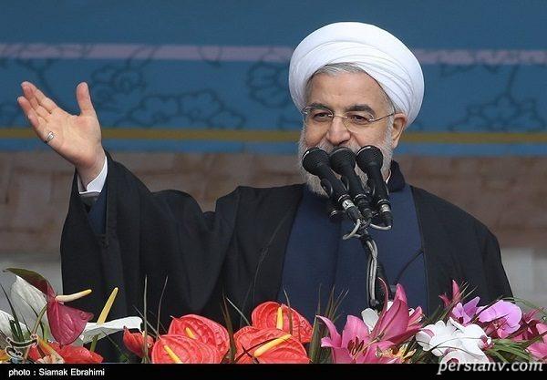سخنرانی حسن روحانی در راهپیمایی ۲۲ بهمن + تصاویر چهره ها