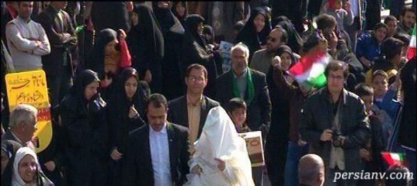 حضور عروس و داماد در راهپیمایی ۲۲ بهمن در یزد