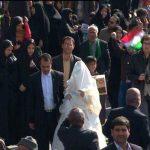 کاروان ۴۰ عروس و داماد در راهپیمایی ۲۲ بهمن