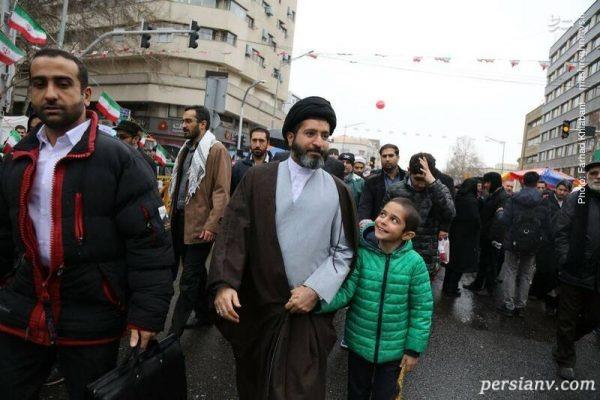 فرزند رهبری در راهپیمایی 22 بهمن