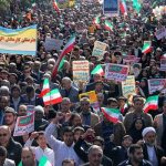 نوه و فرزند رهبری در راهپیمایی ۲۲ بهمن در تهران