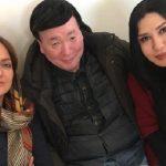 ژاپنی ها در تهران با مهناز افشار و نسیم ادبی عکس یادگاری گرفتند