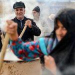 تصاویری از برگزاری آیین سنتی سمنوپزان در شهر درق