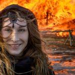 تصاویری از جشن عجیب روس ها برای خداحافظی با زمستان!