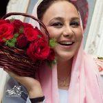 عکس جدید از بهنوش بختیاری در حال خرید چادر نماز عید!