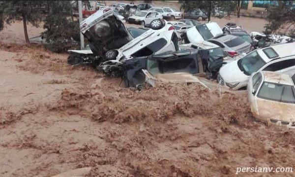 تصویری دردناک از مرگ مسافر نوروزی در سیل شیراز !(+۱۳)