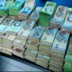 اعتراض عجیب مردم به بی ارزش بودن پول در ونزوئلا!!