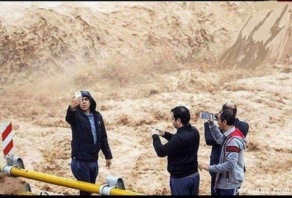 عکس های سلفی مسافران نوروزی با خطر علیرغم هشدارها!!