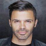 تصویری از استرالیا گردی خواننده مشهور ایرانی