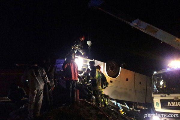 تصاویری از واژگونی اتوبوس زائران جمکران با ۵ کشته!!