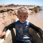 نامه تاثیرگذار و هدیه متفاوت کودک اردبیلی برای یک کودک سیل زده!!