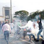 شدت گرفتن درگیری ها و آشوب در ونزوئلا ! + تصاویر