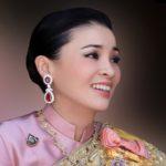 ملکه تایلند در لباس های مختلف! + تصاویر