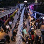مراسم افطاری ساده مردمی در پل طبیعت تهران + تصاویر