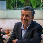 رضا رویگری و ابوالفضل پورعرب در مراسم افطاری احمدی نژاد