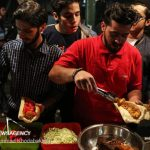 تصاویری از حال و هوای کوچه فلافلی ها در تهران در شب های رمضان!